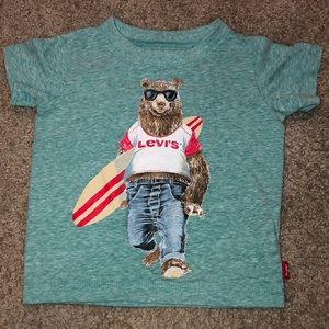 Levi's cool bear T-shirt
